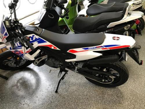 motorbike_youth_1
